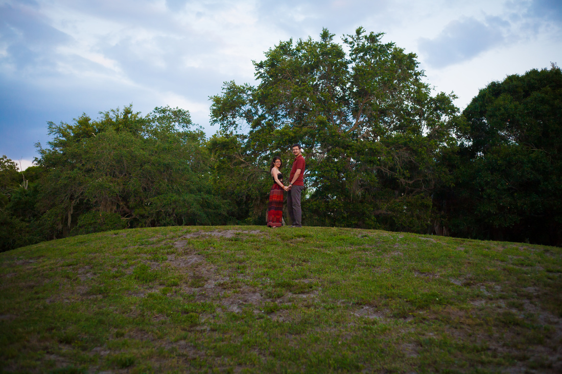 Engagement Photographer in Tampa